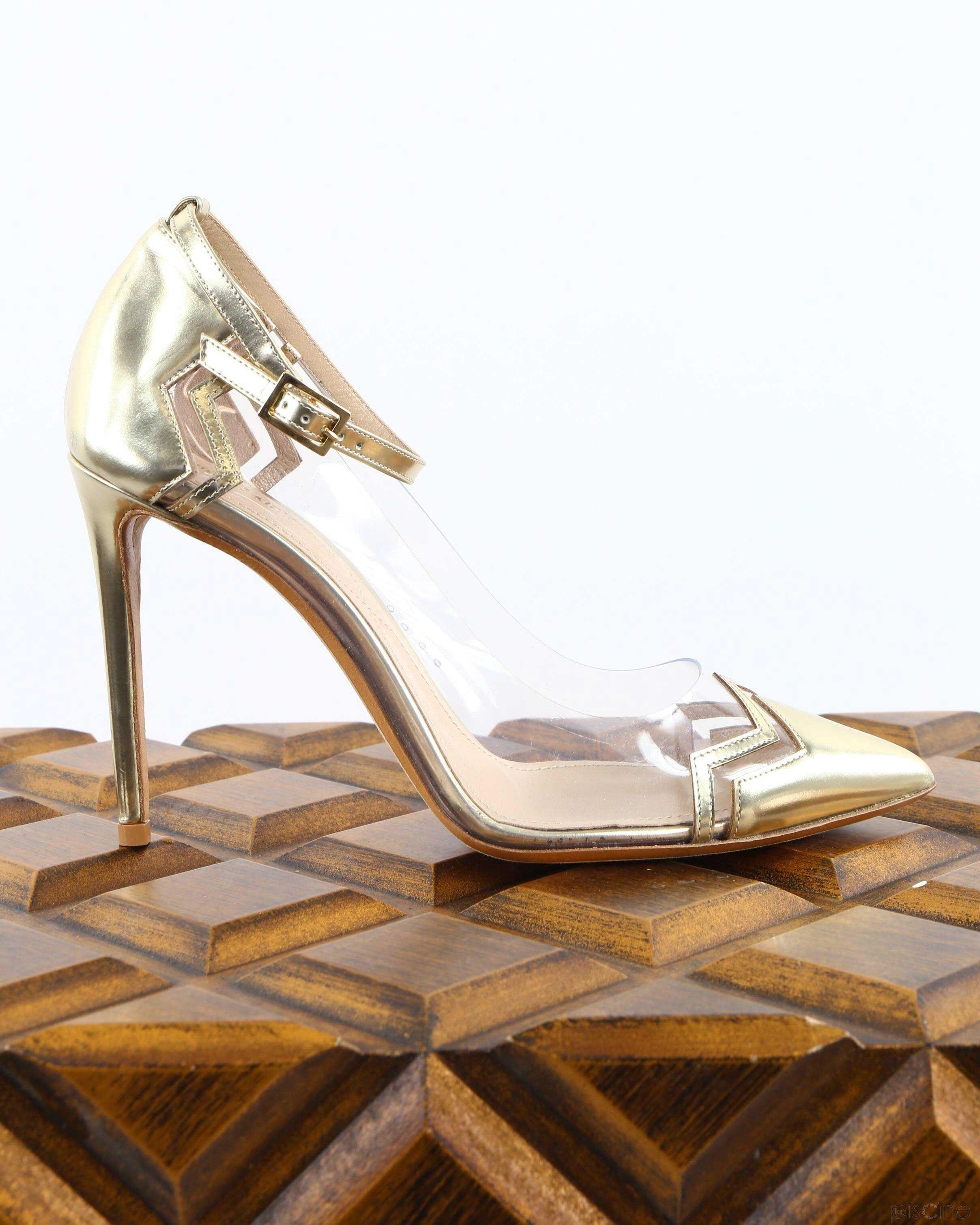 Sandales à talons dorées Nicholas Kirkwood