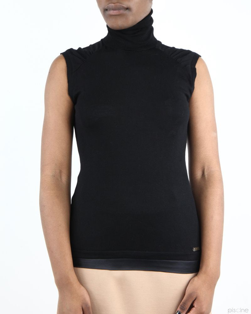 magasin guess, guess pull a col roule sans manches noir