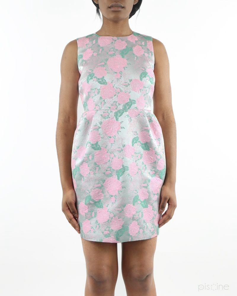 Robe rose et verte fleurie lumineuse Edward Achour