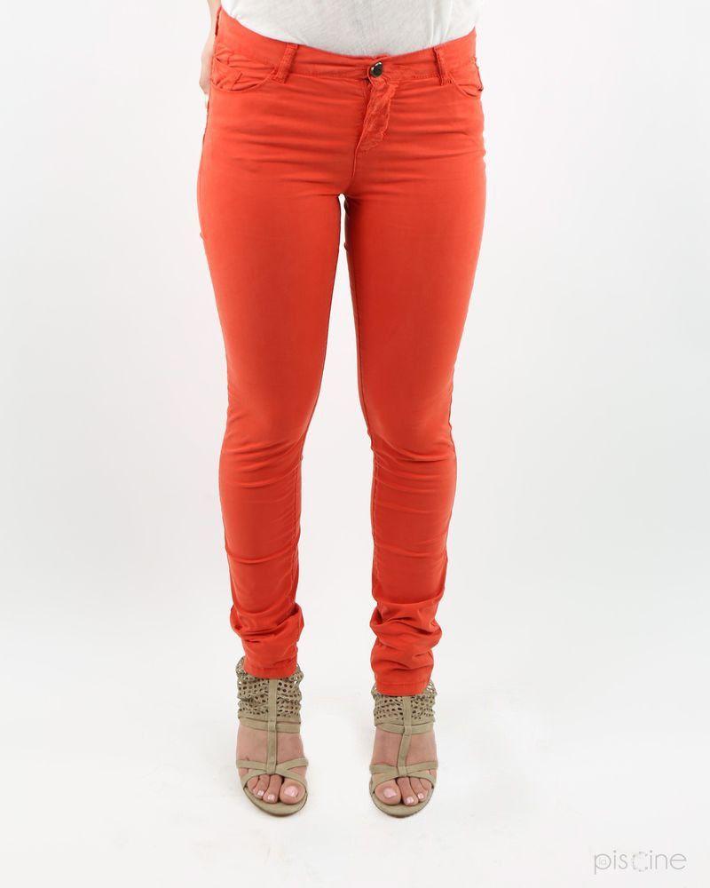 Pantalon rouge May June