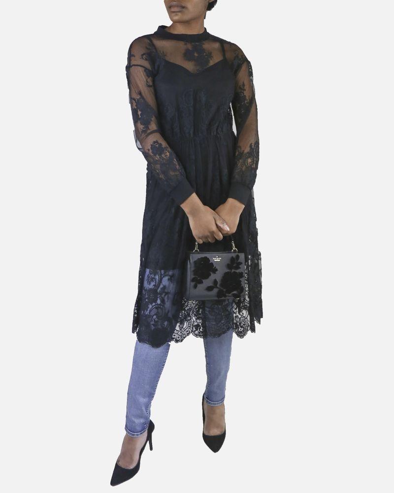 Robe noire en dentelle ajourée Isabelle Blanche
