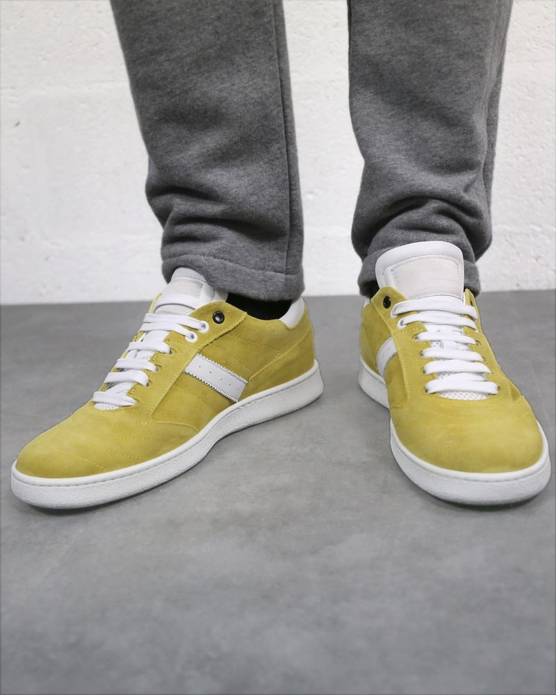Basket jaune Low Brand