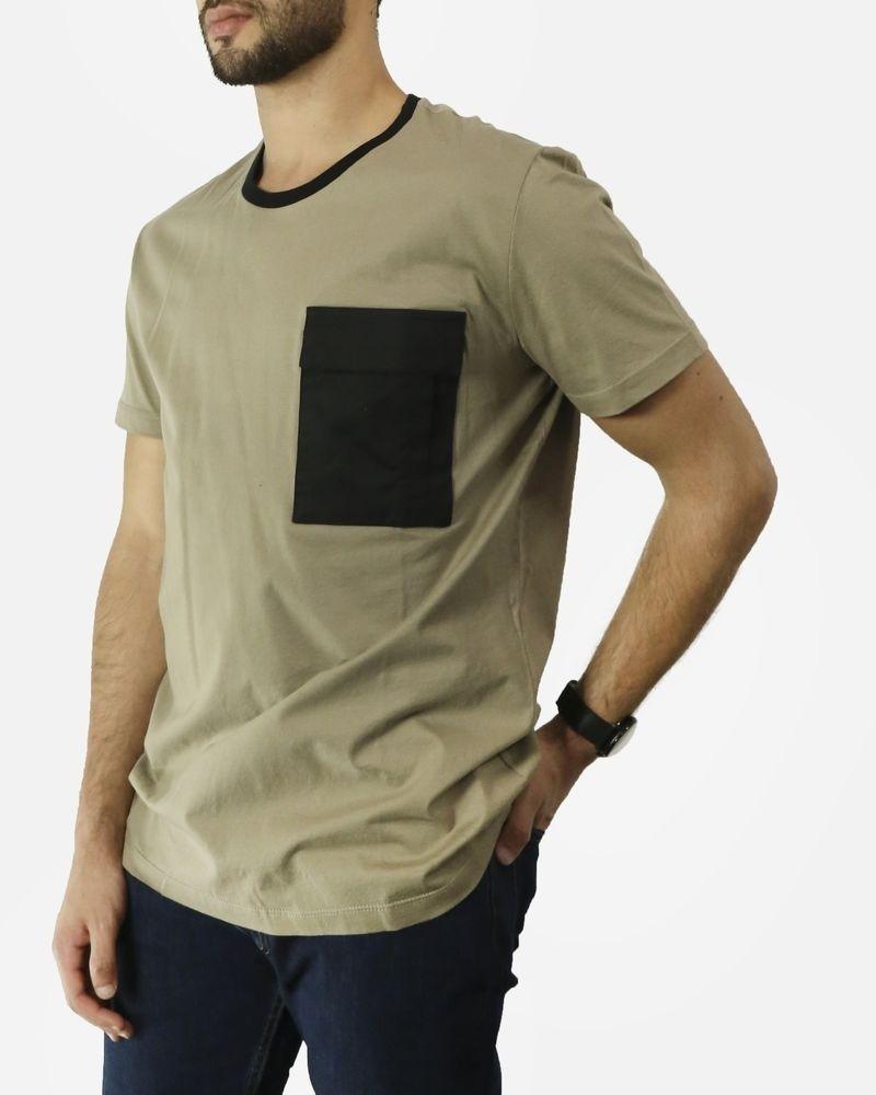 T-Shirt beige à poche noir Low Brand