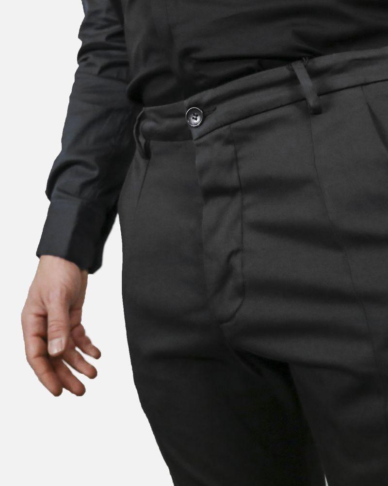 Pantalon chino en coton noir Low Brand