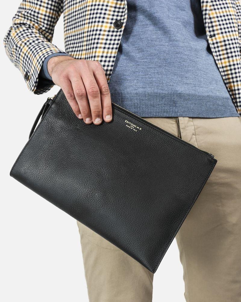 Pochette en cuir grainée noir Edition M.R