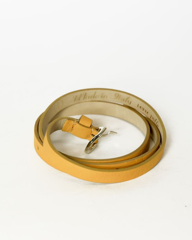 Ceinture fine en cuir jaune moutarde AT.P.CO