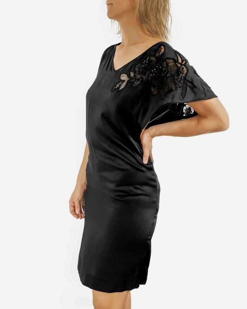 Robe haute couture en soie noir brodée Valentino