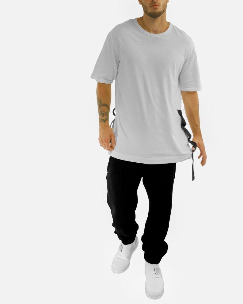 T-shirt blanc avec application