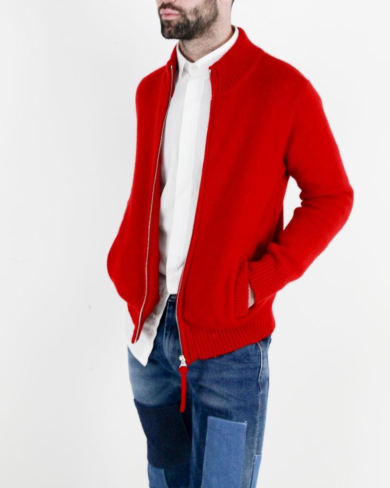 Gilet en laine rouge à dos écussons Agnes B