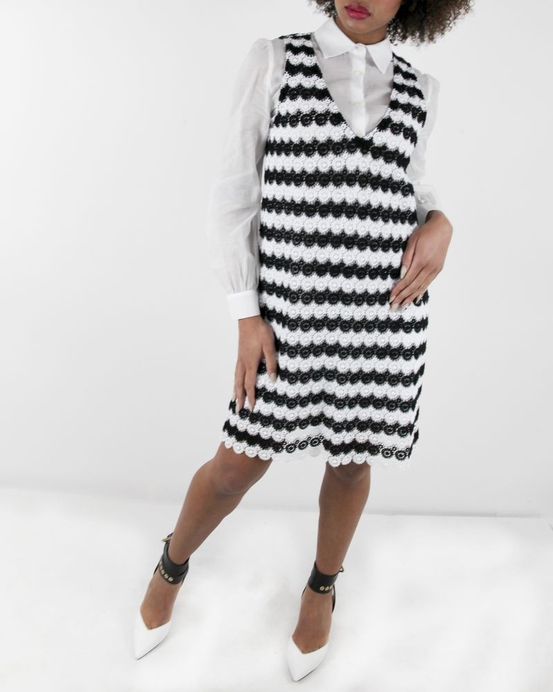 Robe à chemise en guipure noir et blanc Space Simona Corsellini