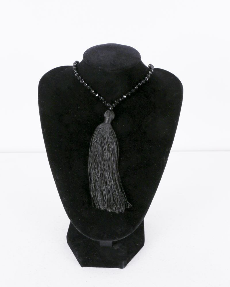 Collier noir à perles noires La Piscine