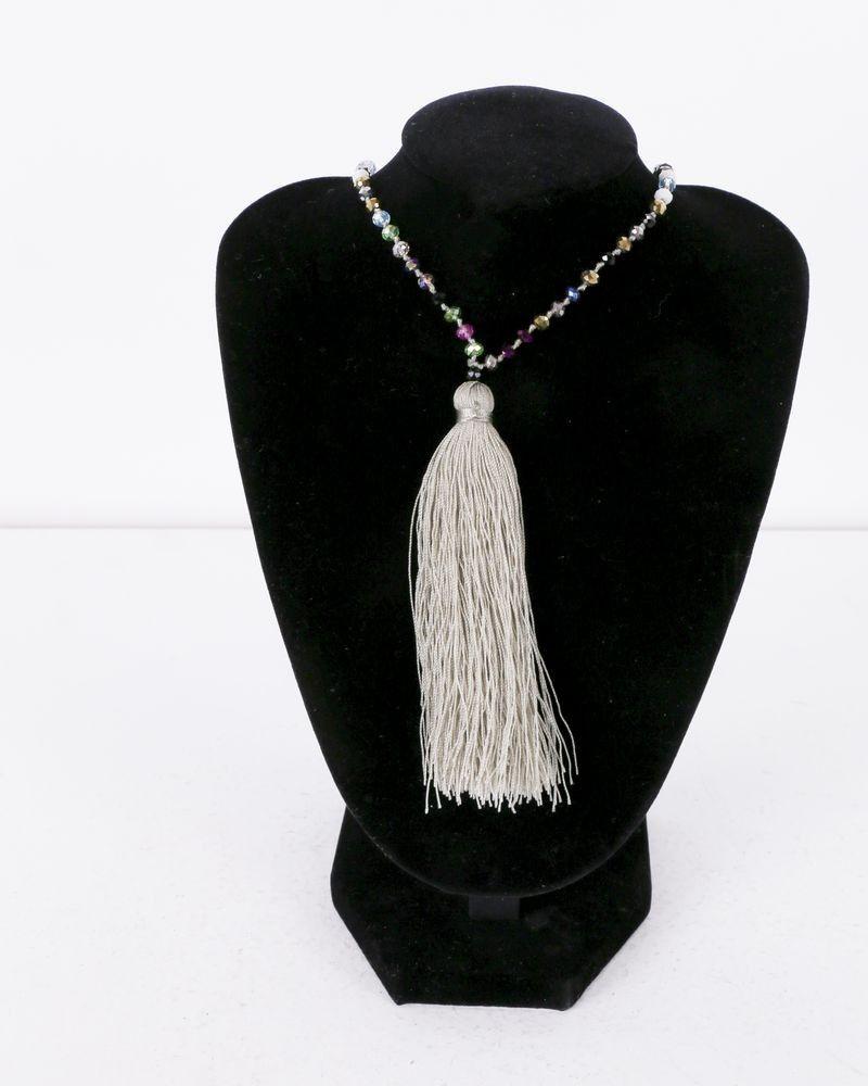 Collier taupe clair à perles multicolores La Piscine