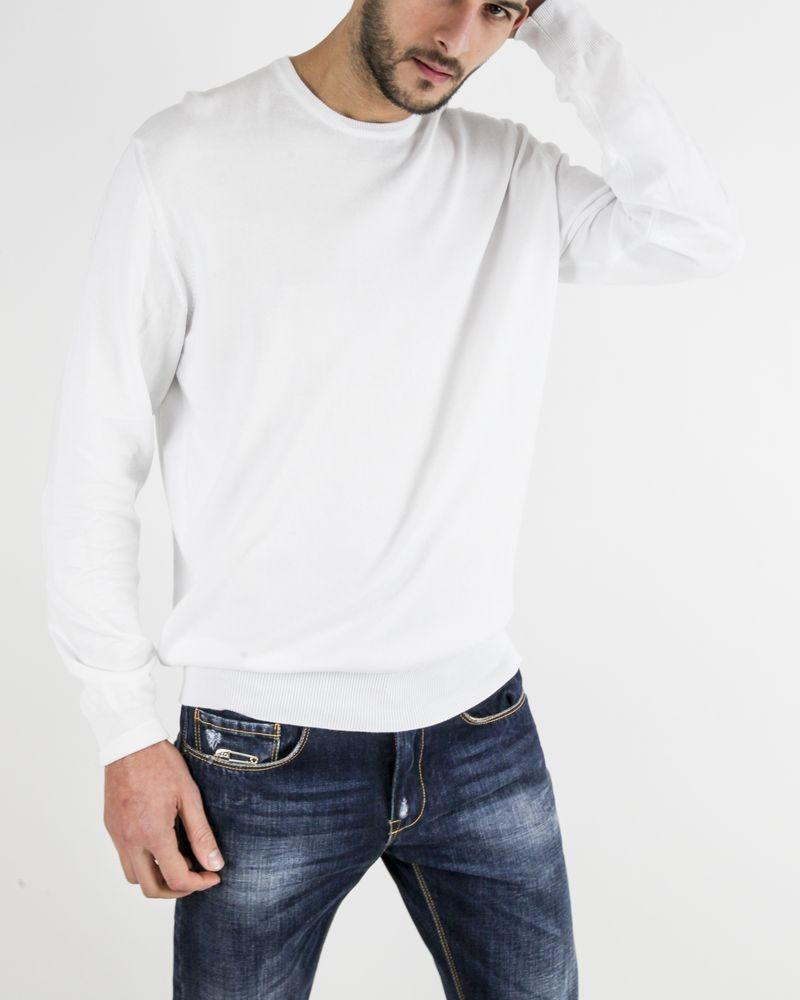 Pull blanc col rond Ly Adams