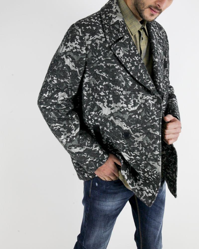 Manteau gris à motif camouflage John Galliano