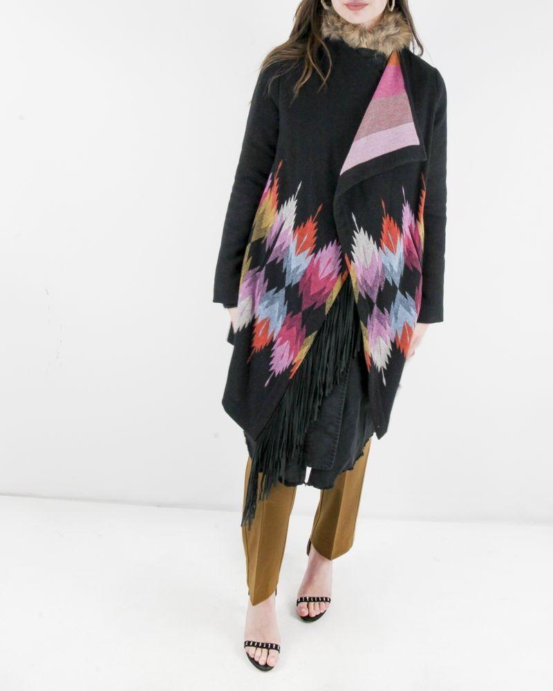 Manteau en laine noir à cape ethnique Bazar Deluxe
