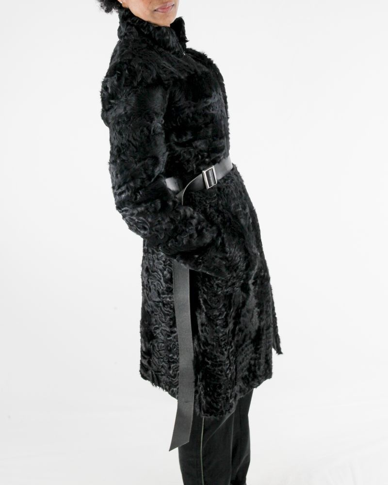 Manteau en peau de bovins texturé noir Biancalani