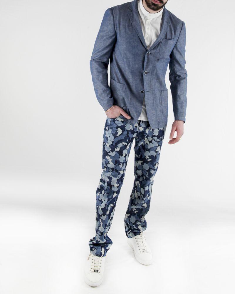 Jean regular bleu à imprimé camouflage John Galliano