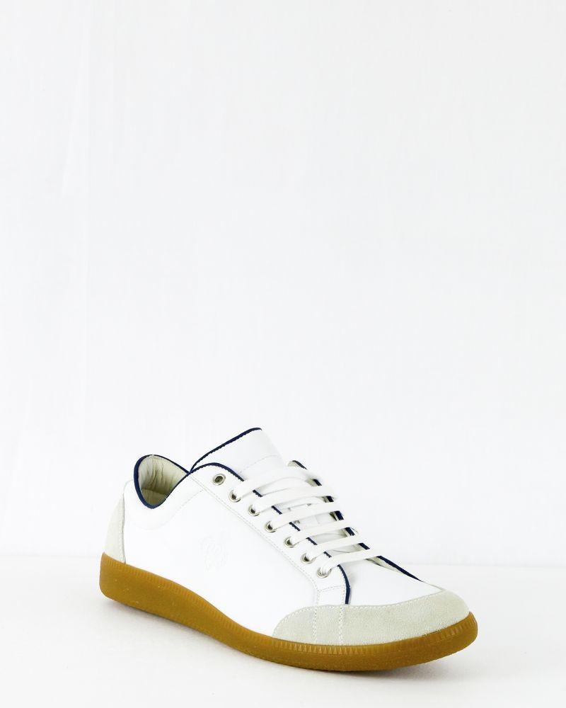 Basket en cuir blanc Premiata