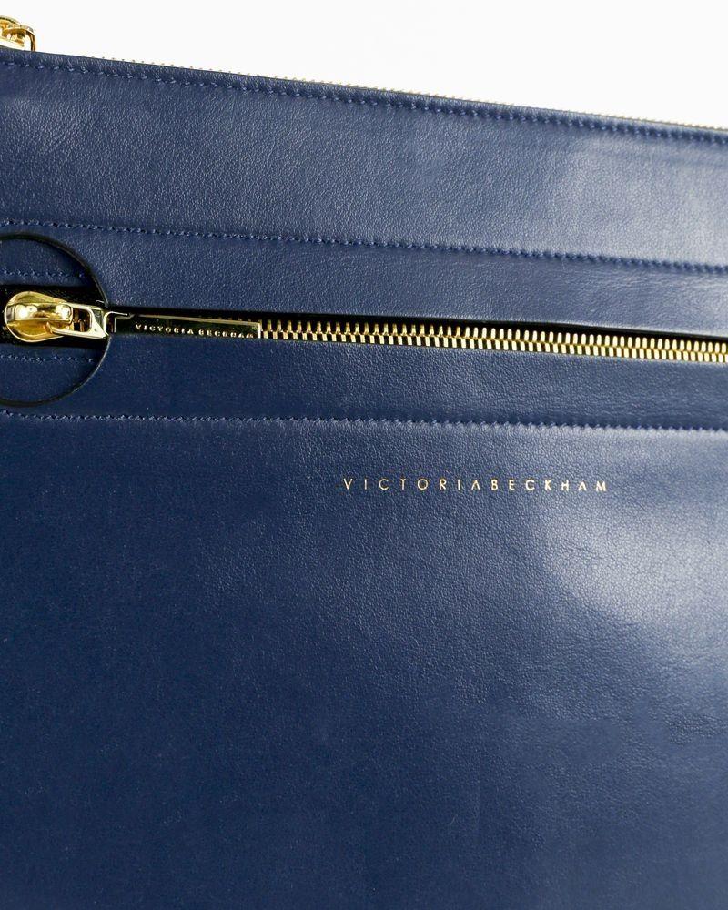 Pochette bleue Victoria Beckham