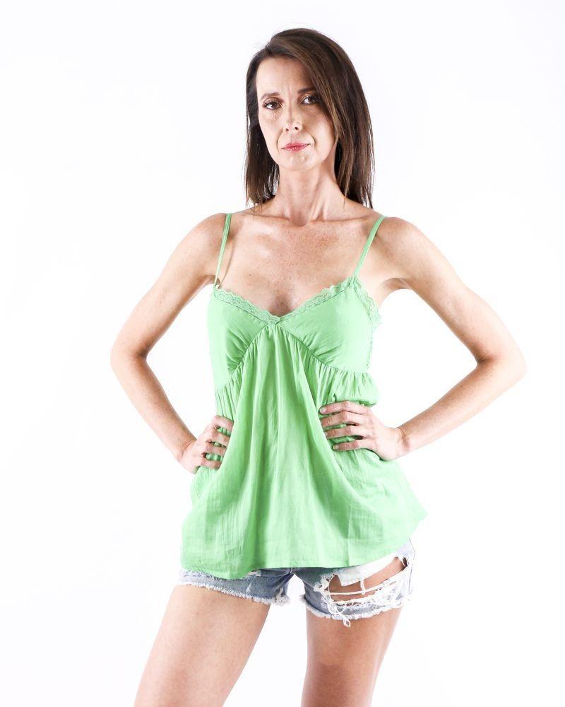 Débardeur caraco en coton vert à dentelle Paradis Blanc