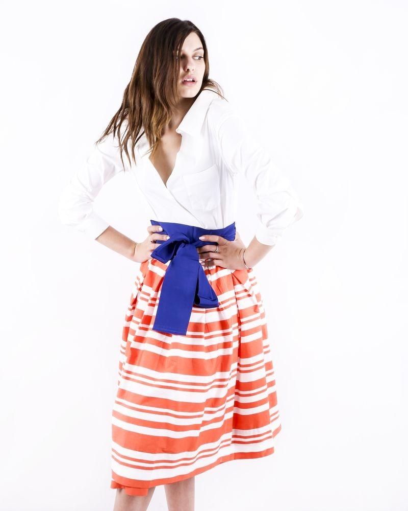 Robe chemise blanche et orange imprimée à détails plissés Sara Roka