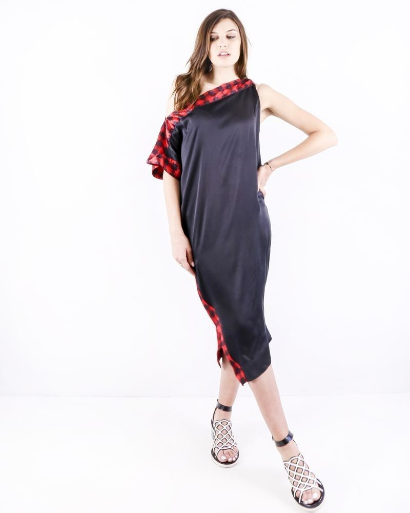Robe foulard en soie noir à galons rouge Michel Klein
