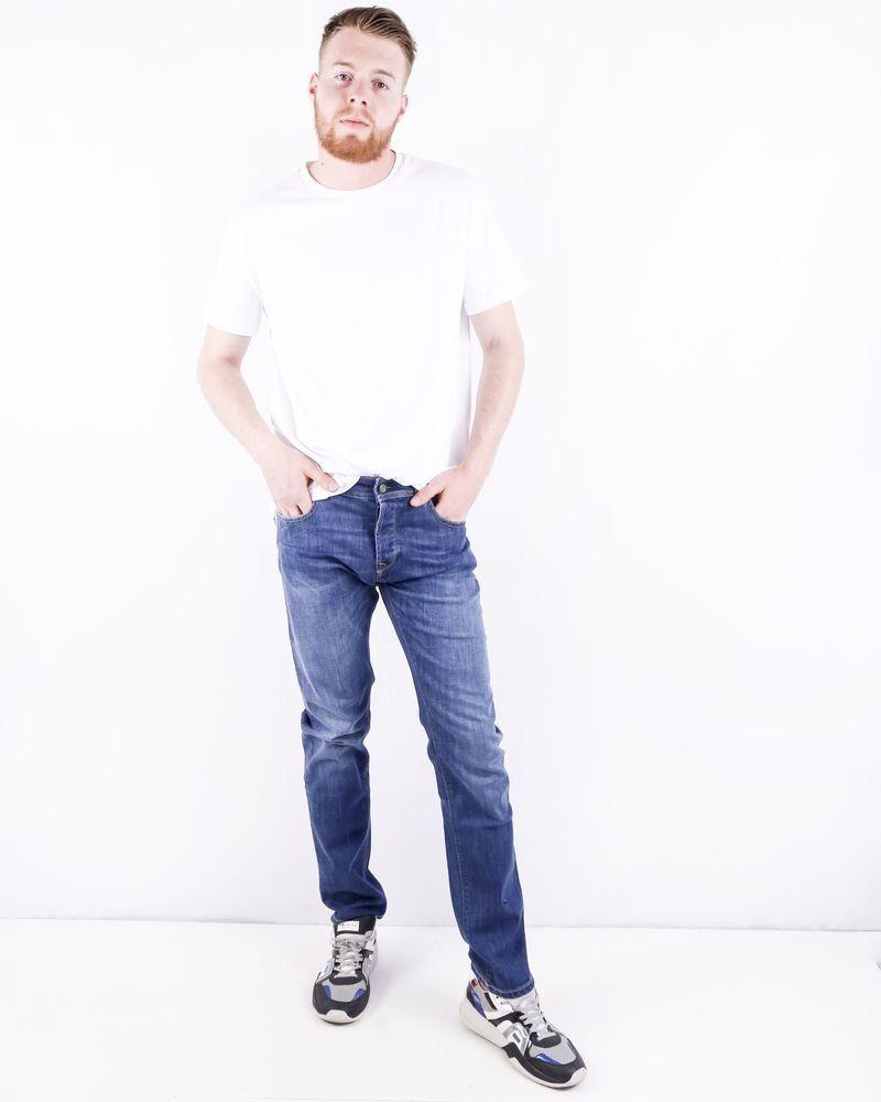 Jean droit en coton bleu délavé 3D