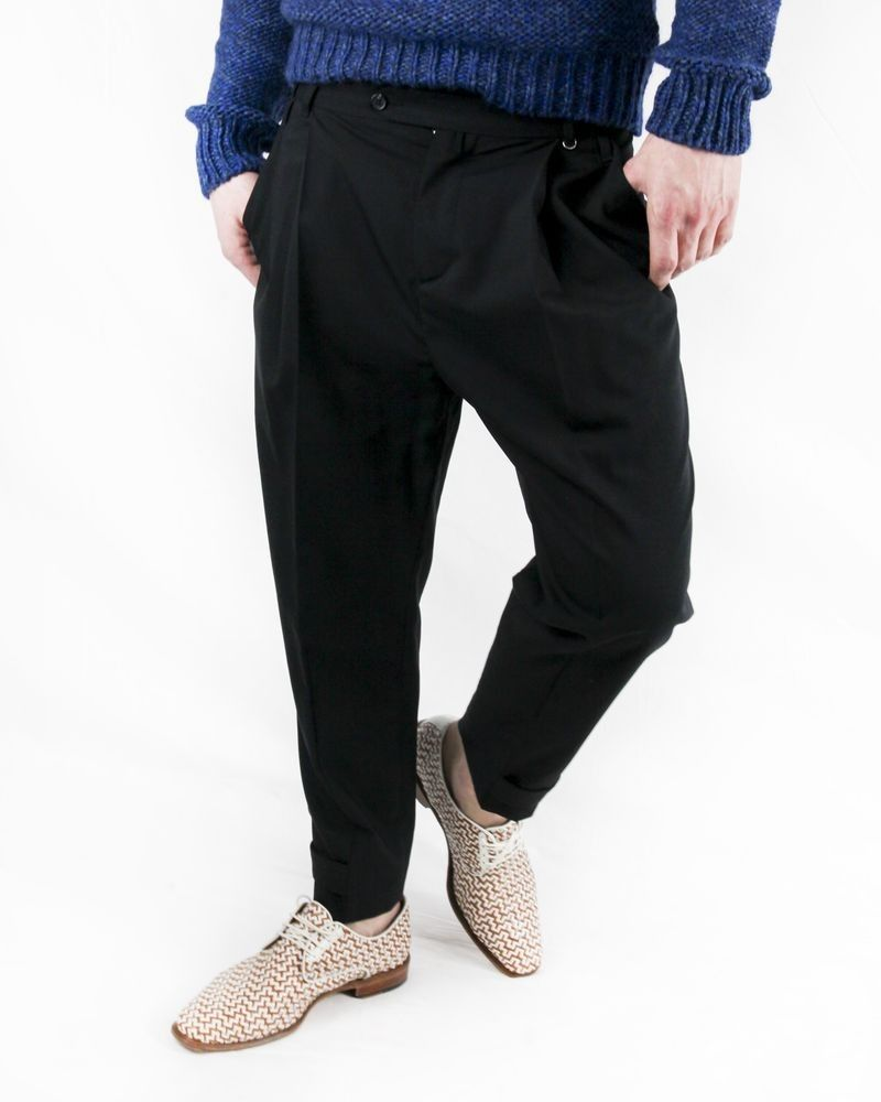 Pantalon en crêpe noir John Richmond