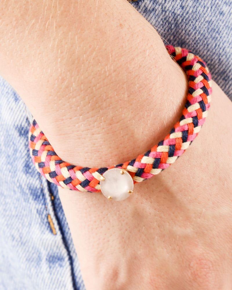Bracelet en coton tressé quadricolore à pierre blanche Nude