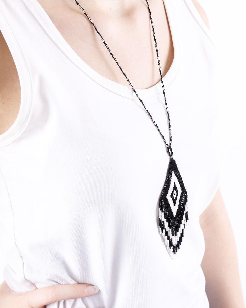 Sautoir ethnique ajustable à perles noires et blanches La Piscine