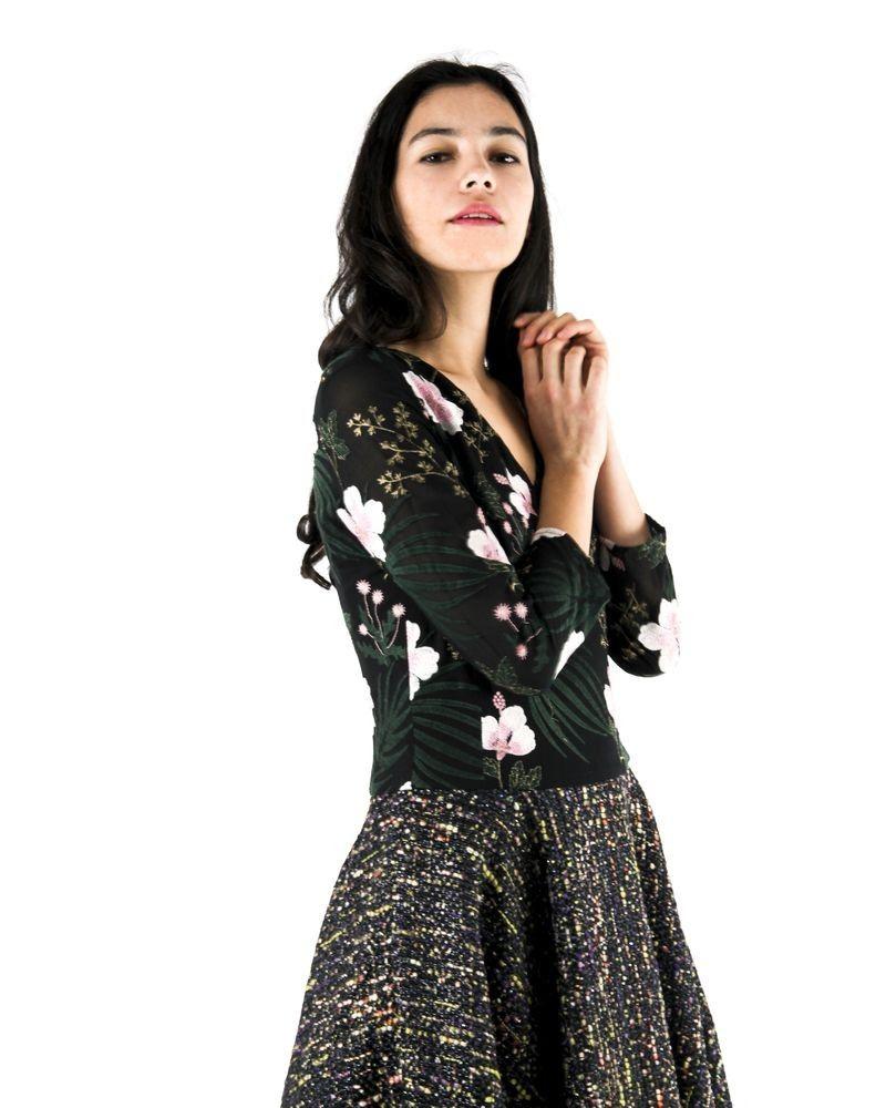 Robe bi-matières en tweed et tulle brodé noir Laviniaturra
