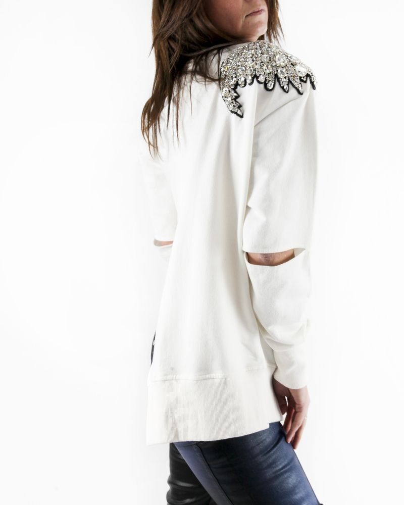 Sweat blanc à broderies fantaisies L'Edition