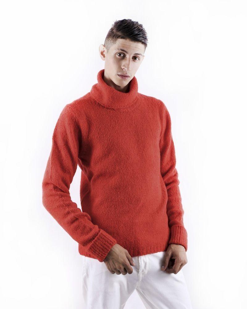 Pull en cachemire rouge à col roulé Daniele Fiesoli