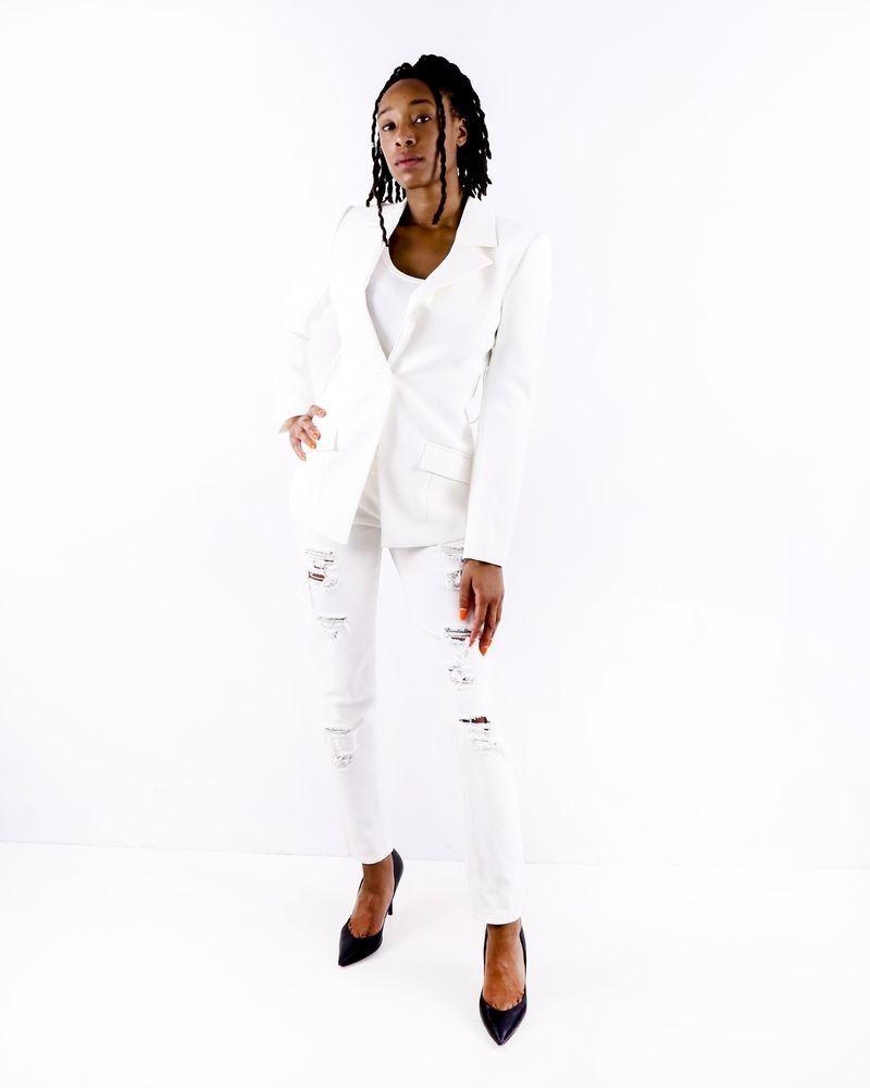 Veste en crêpe blanche à ceinture fantaisie Misha