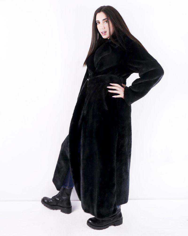 Manteau en fourrure synthétique noire Stand Studio