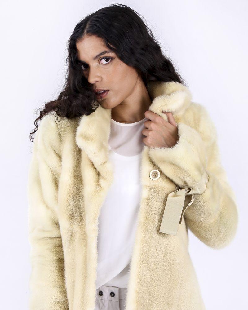 Manteau en vison beige Valentino