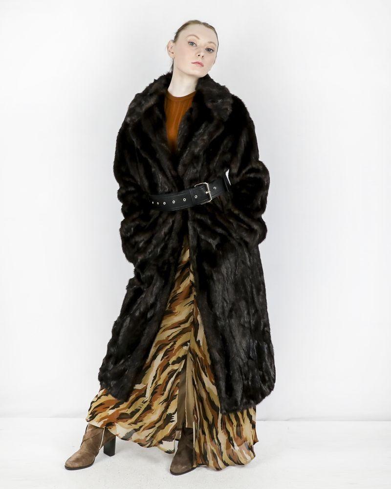 Manteau en fourrure synthétique marron ceinturé SPACE SIMONA CORSELLINI