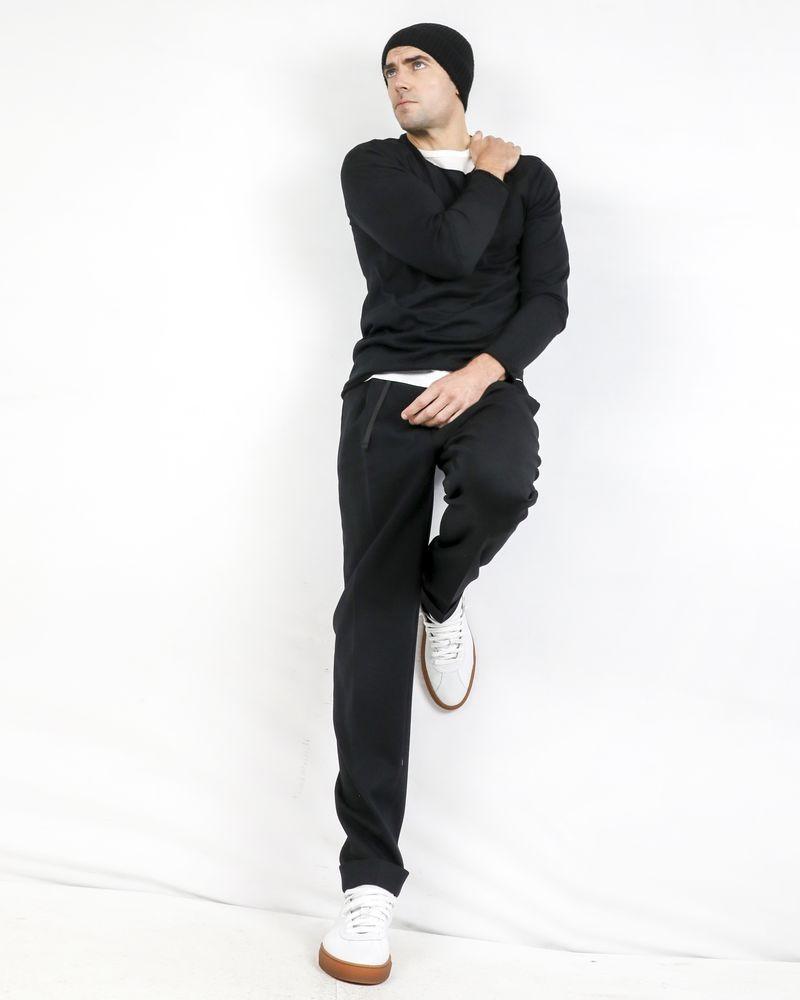 Maille fine en laine noire Isabel Benenato