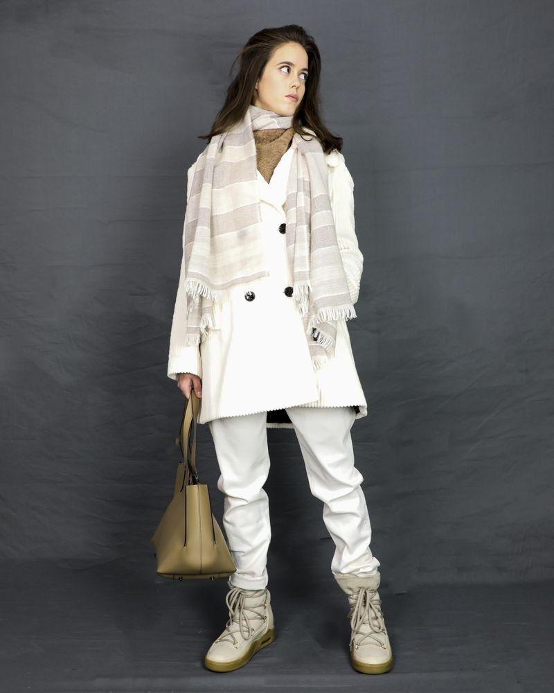 Écharpe en laine vierge beige