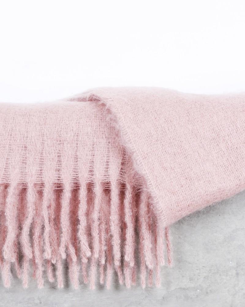 Maxie écharpe en mohair rose poudrée à franges Pomandère