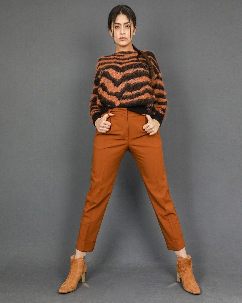 Pantalon fuselé raccourci en laine à plis pressés Momoni