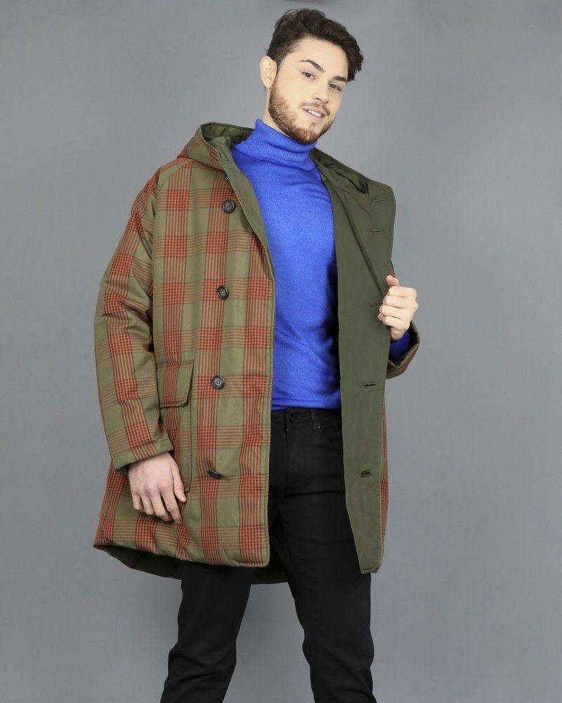 Manteau réversible à motifs carreaux vert kaki et orange. Oofwear