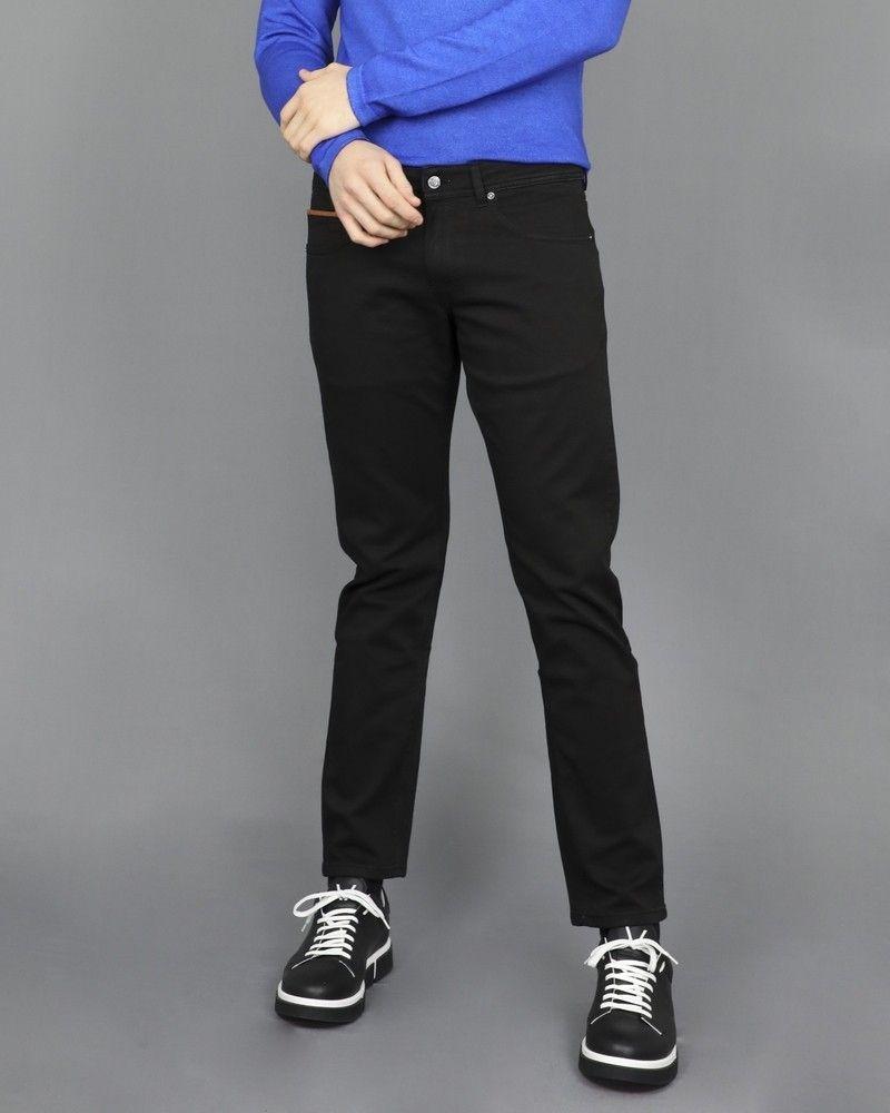 Pantalon jean coupe droite noir 3D