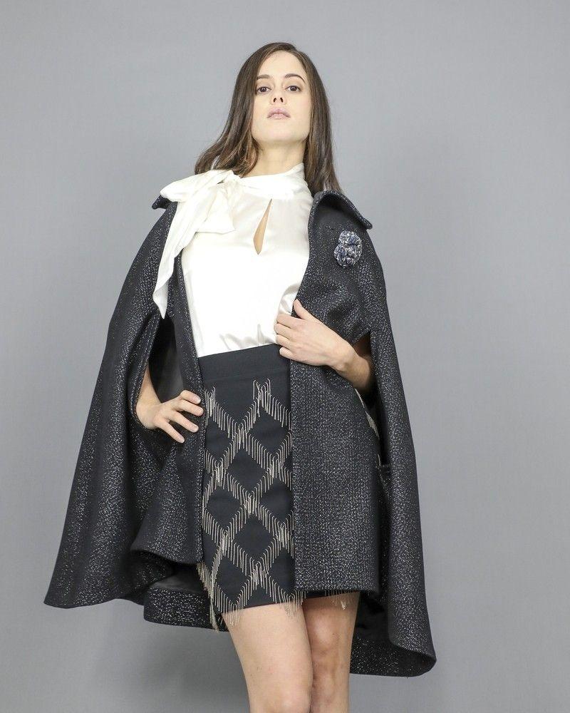 Manteau cape en laine noire avec fibres métalliques Dondup