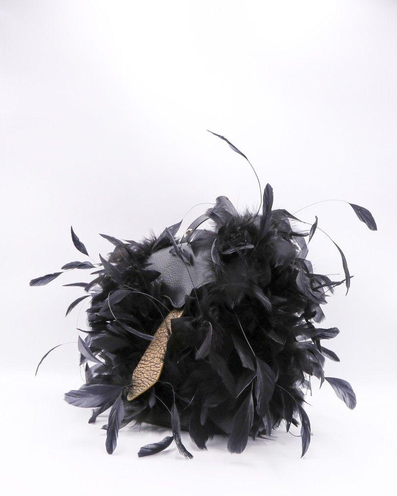 Sac en format de sac à dos en cuir noir orné de plumes Carditosale