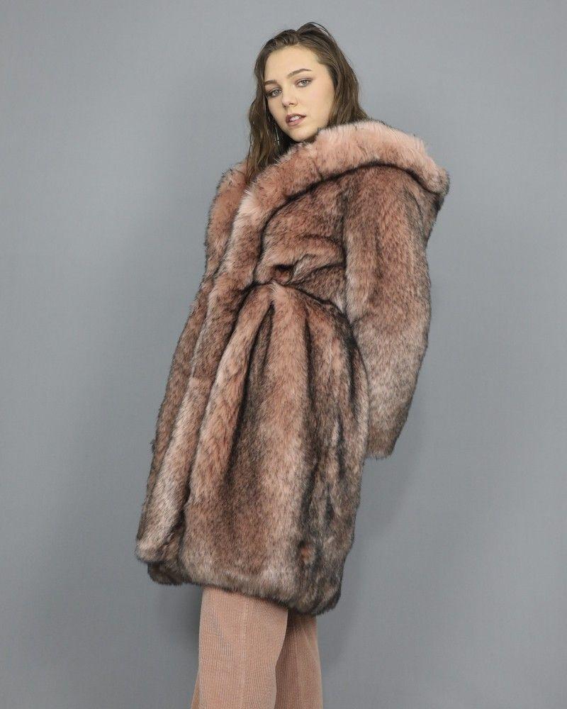 Manteau rose en fourrure synthétique Elisabetta Franchi