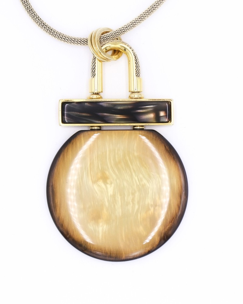 Collier doré à large pendentif jaune Jijil