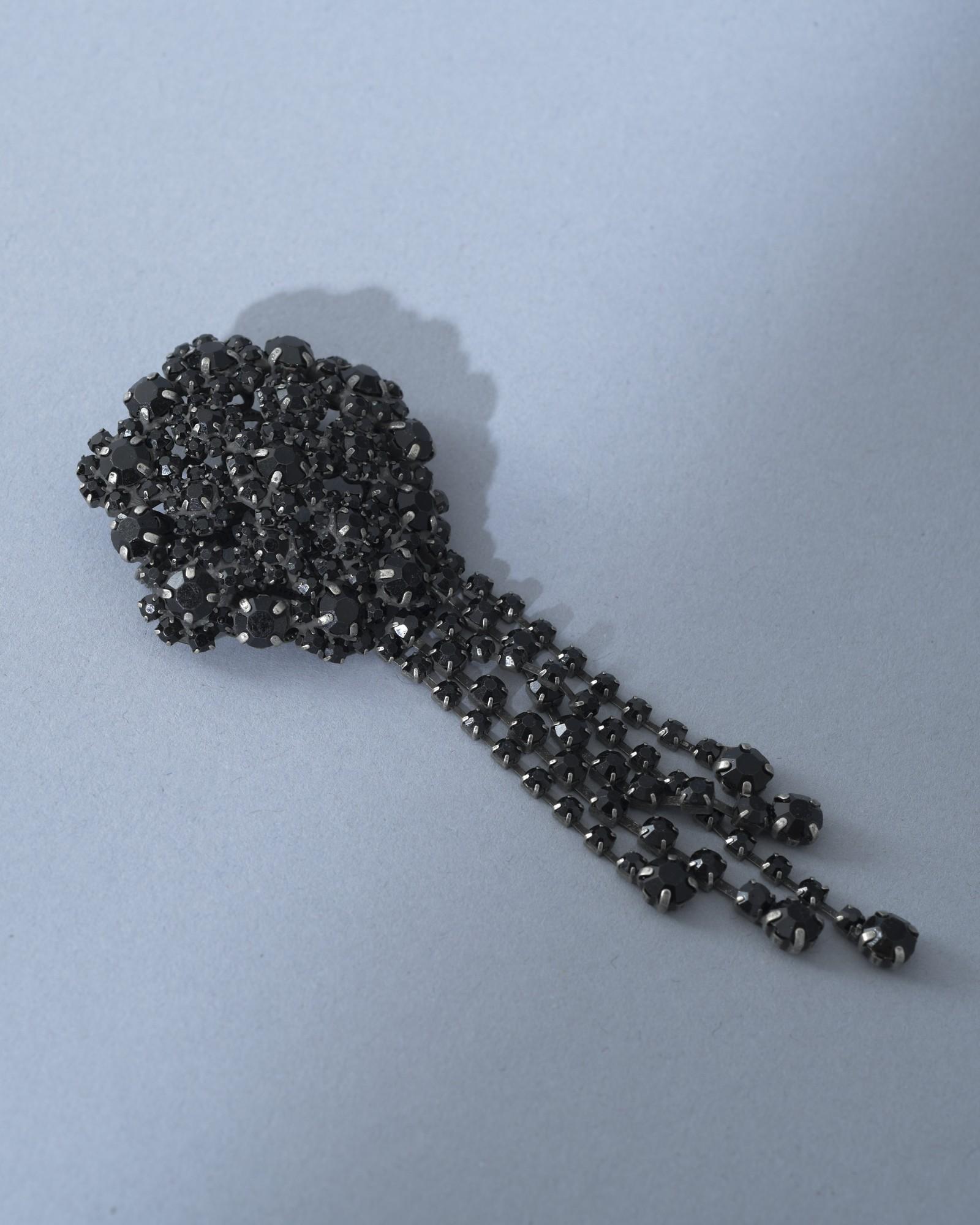 Broche à pierres incrustées noires L'Edition