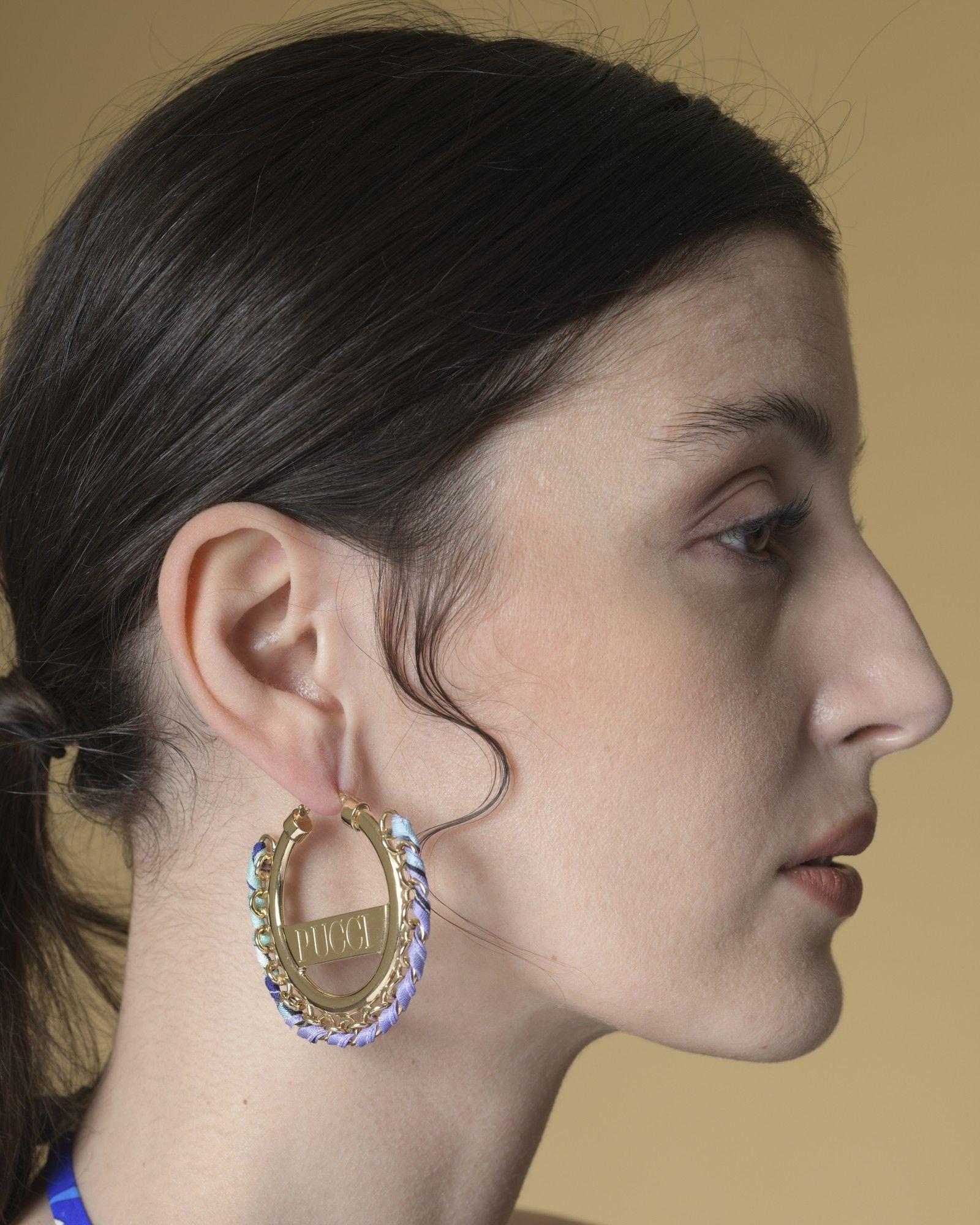Boucles d'oreilles argentées ornées de tissu imprimé Emilio Pucci