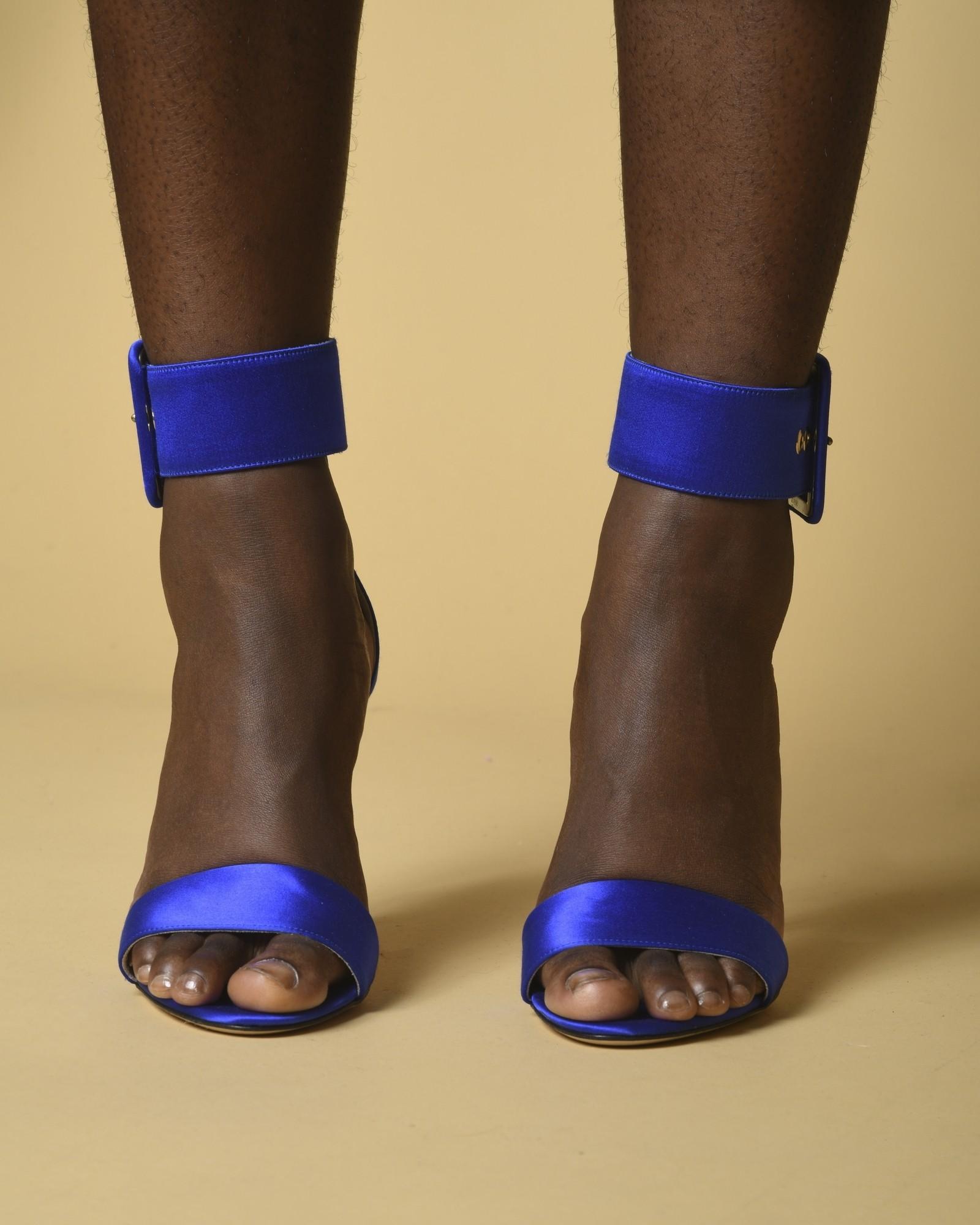 Sandales en satin à brides Space